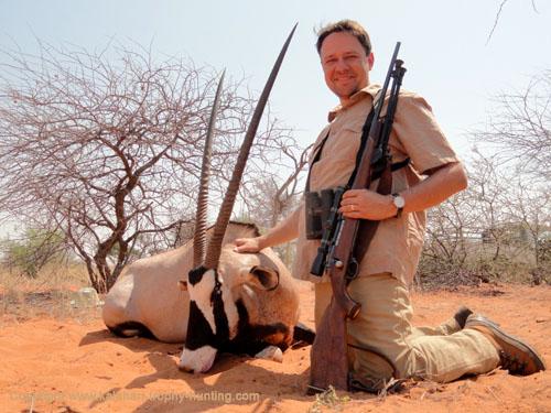 Kalahari Gemsbok hunt, Namibia